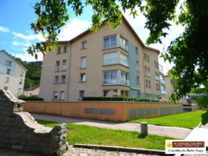 LA BRESSE, Residence avec ascenseur EXTRA CENTRE, F4 de 92m² avec jardin, loggia; cave et parking souterrain